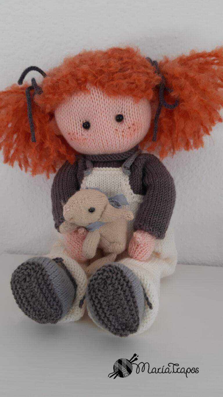 Lola, la muñeca enamorada de los animales. Patrones desde 6,90 €