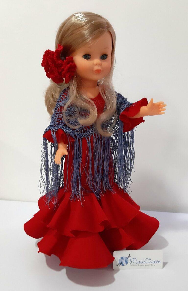 Nancy con traje de flamenca